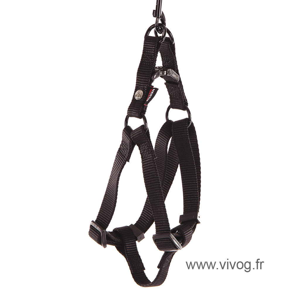 Step in harness for dog black nylon