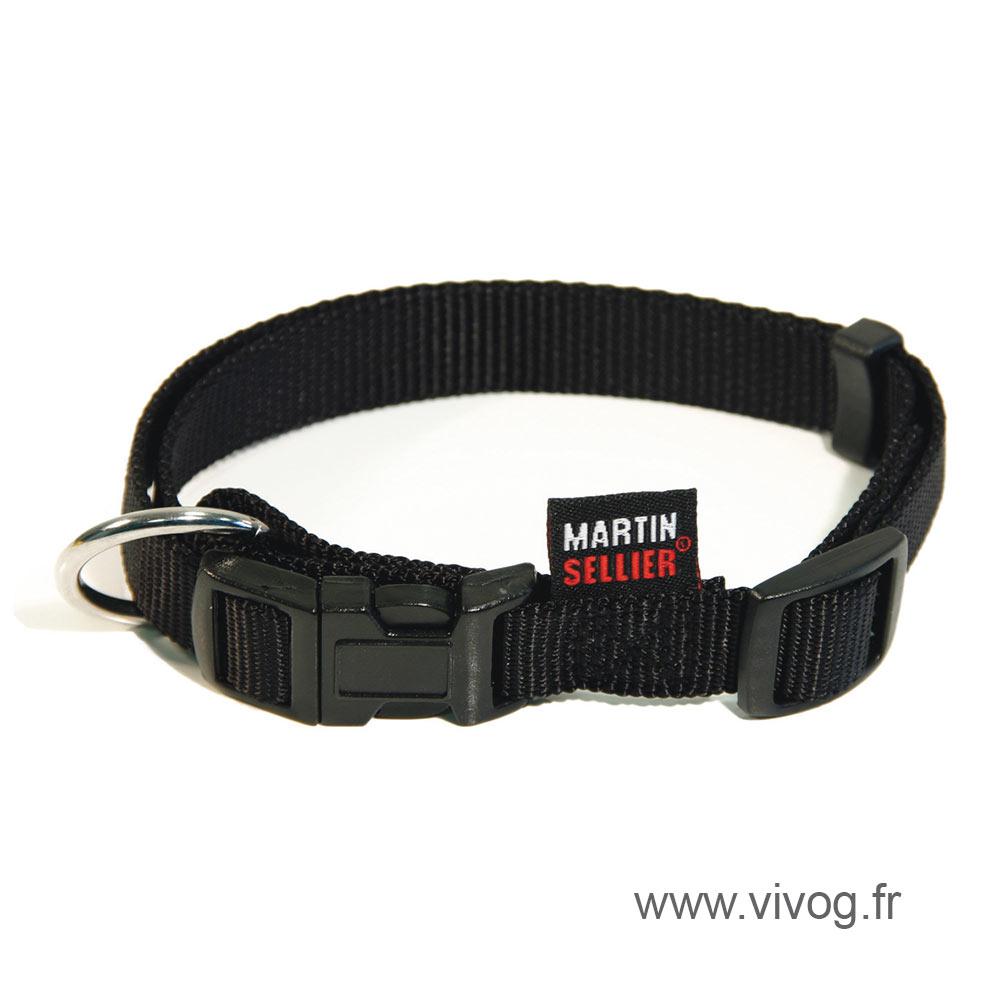 Adjustable dog collar black nylon