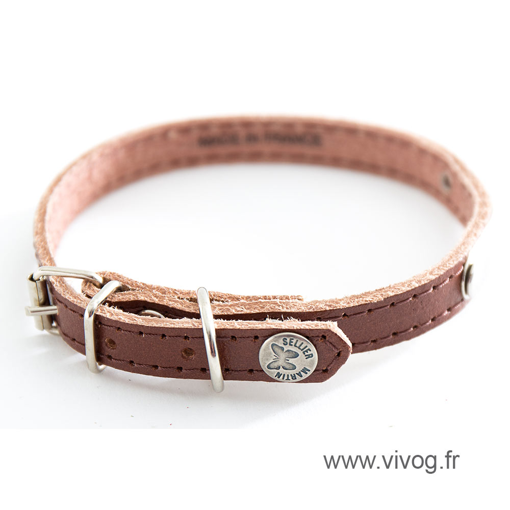 Brown leather dog collar - classic leather stitched with plate