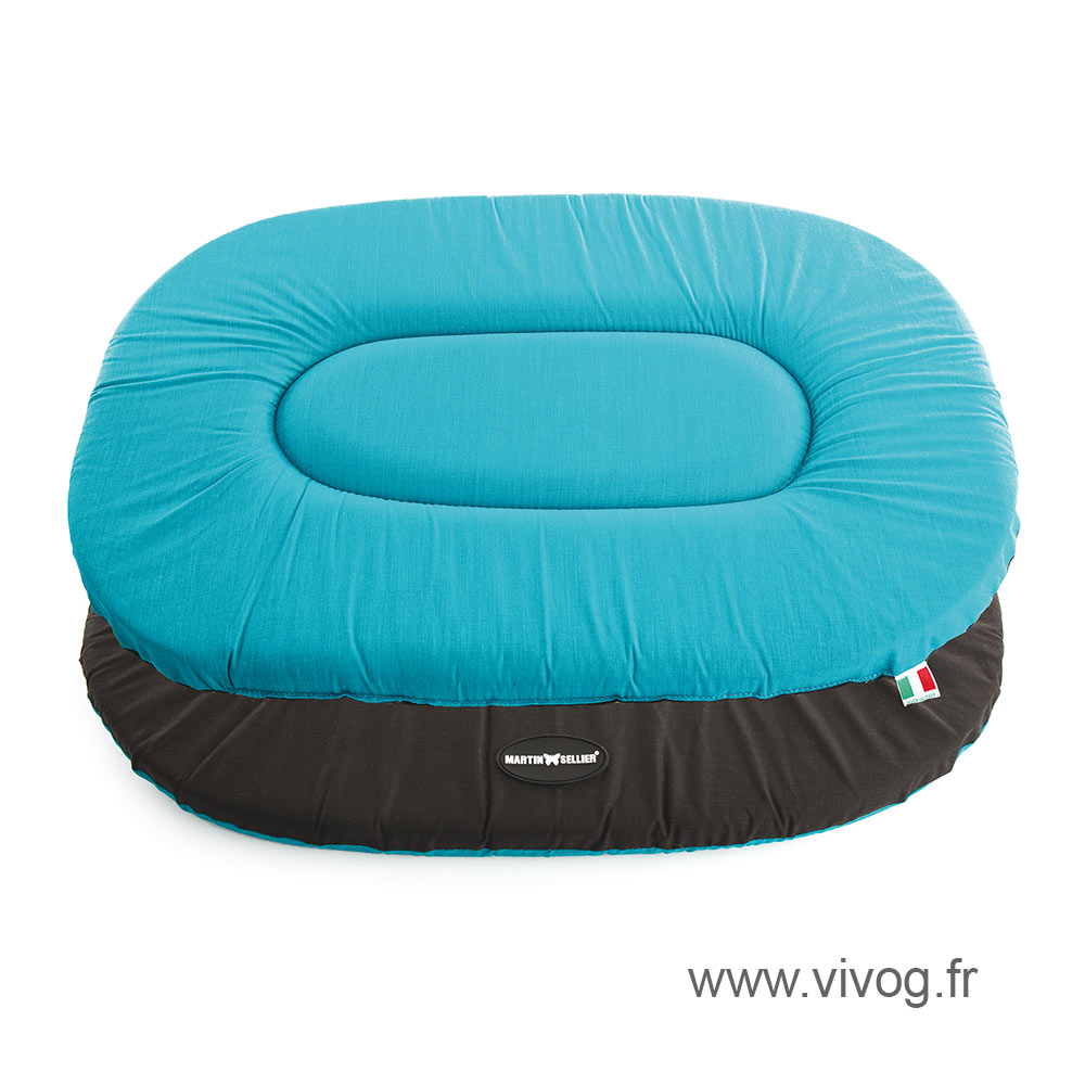 Flat oval Dog Cushion - Classic Blue