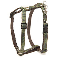 More informations about: Dog harness - Camouflage grenn - S - W 10 mm Long 38cm to 25m